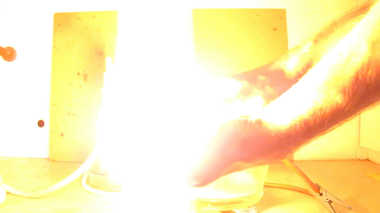 Огонь на ладони (пена с ацетиленом)