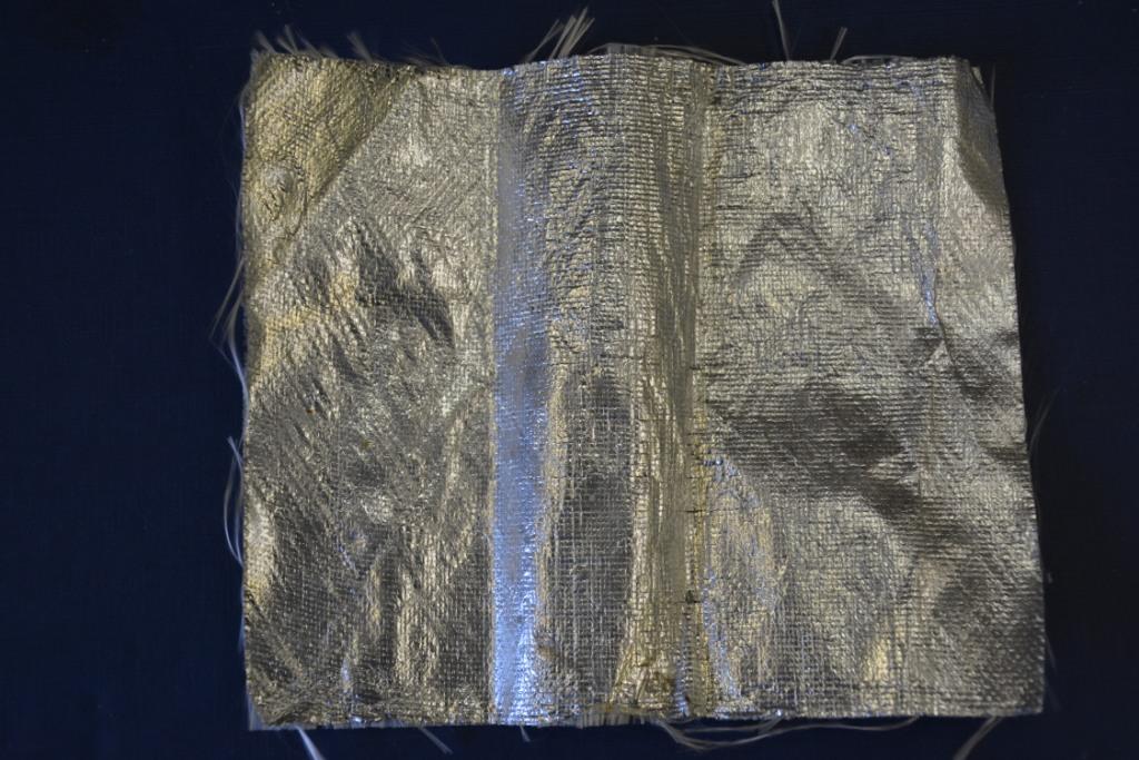 Стеклоткань, покрытая с одной стороны алюминиевой фольгой (теплоизоляционный материал)