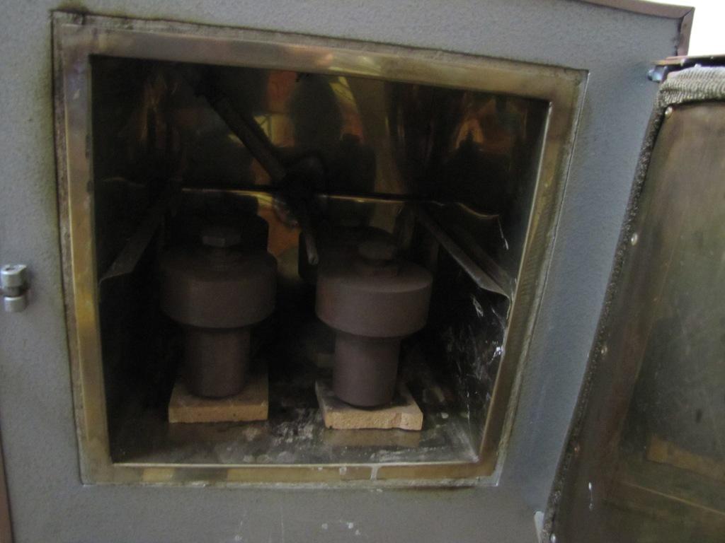 Гидротермальная бомба (гидротермальный автоклав)