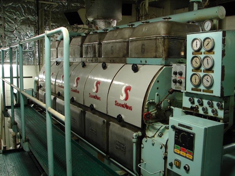 Дизельный генератор нефтяного танкера