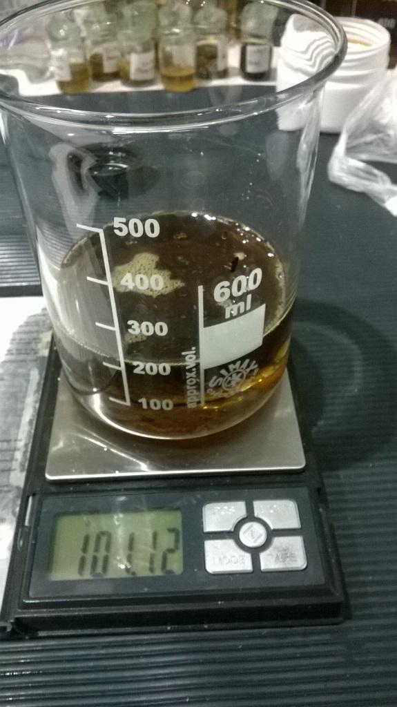 Подсолнечное масло и серная кислота. Sunflower oil and sulfuric acid