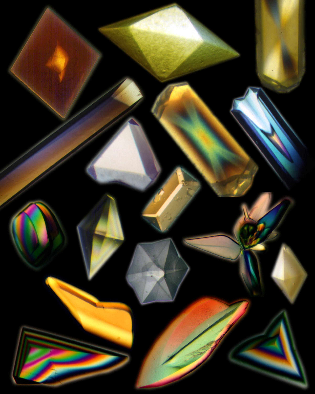 Кристаллы белков, выращенные в условиях невесомости (на околоземной орбите)