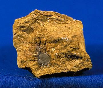 Железная руда - лимонит Fe2O3·nH2O
