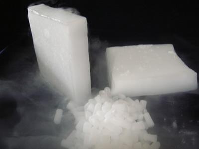 Сухой лед (твердый диоксид углерода)