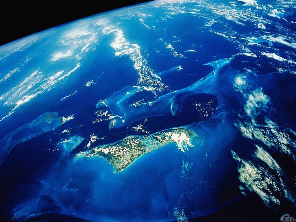 Багамские острова из космоса