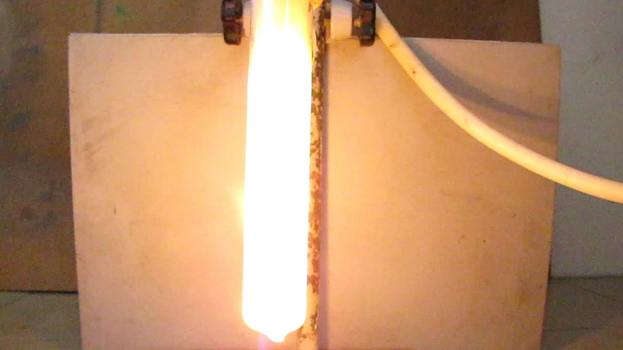 Горение белого фосфора под водой