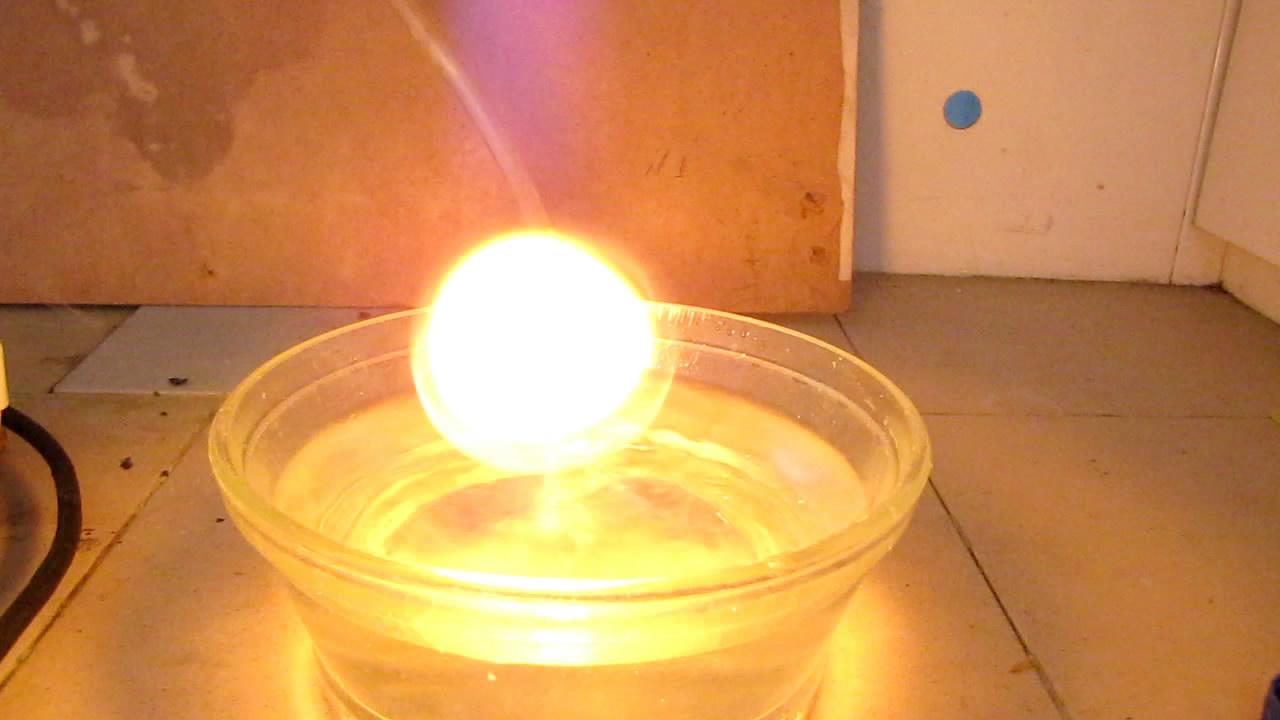 Получение и самовоспламенение фосфина