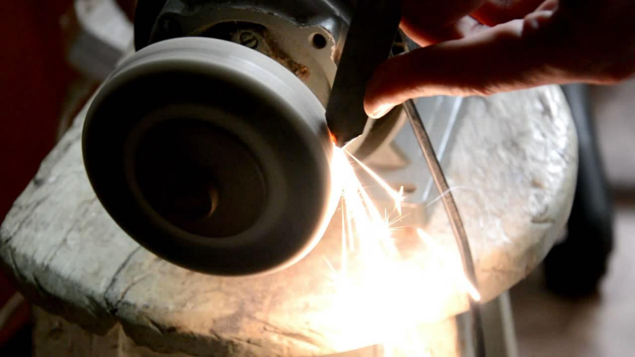 Как отличить титан от нержавеющей стали?