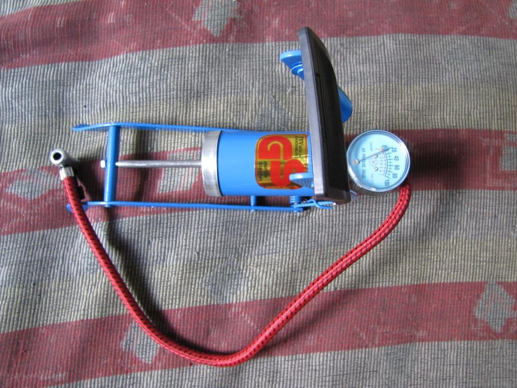 Устройство для наполнения воздушных шариков метаном