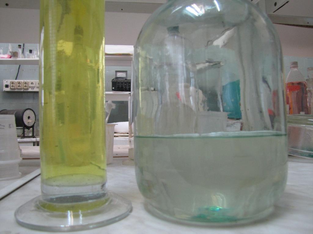 Приготовление исходных растворов для получения гранулированного силиката циркония