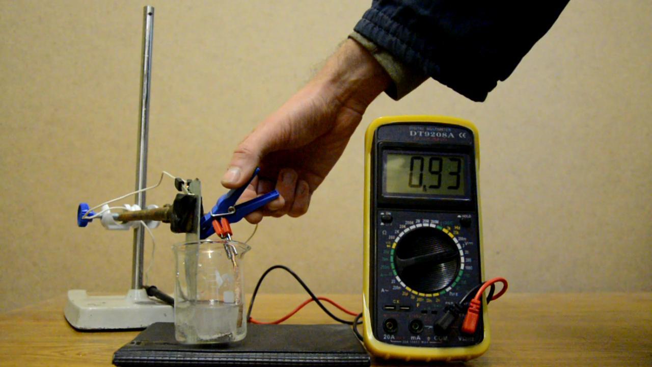 Гальванический элемент медь - цинк - серная кислота