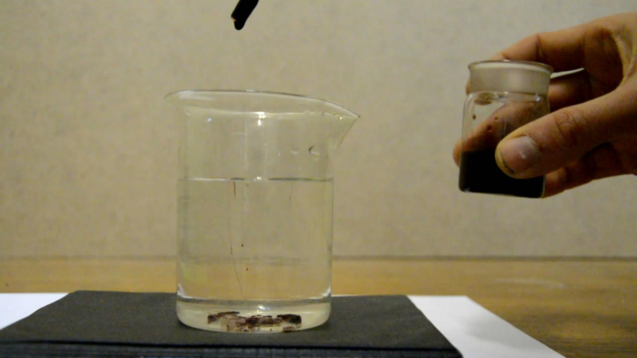 Выделение нейлона из раствора в муравьиной кислоте