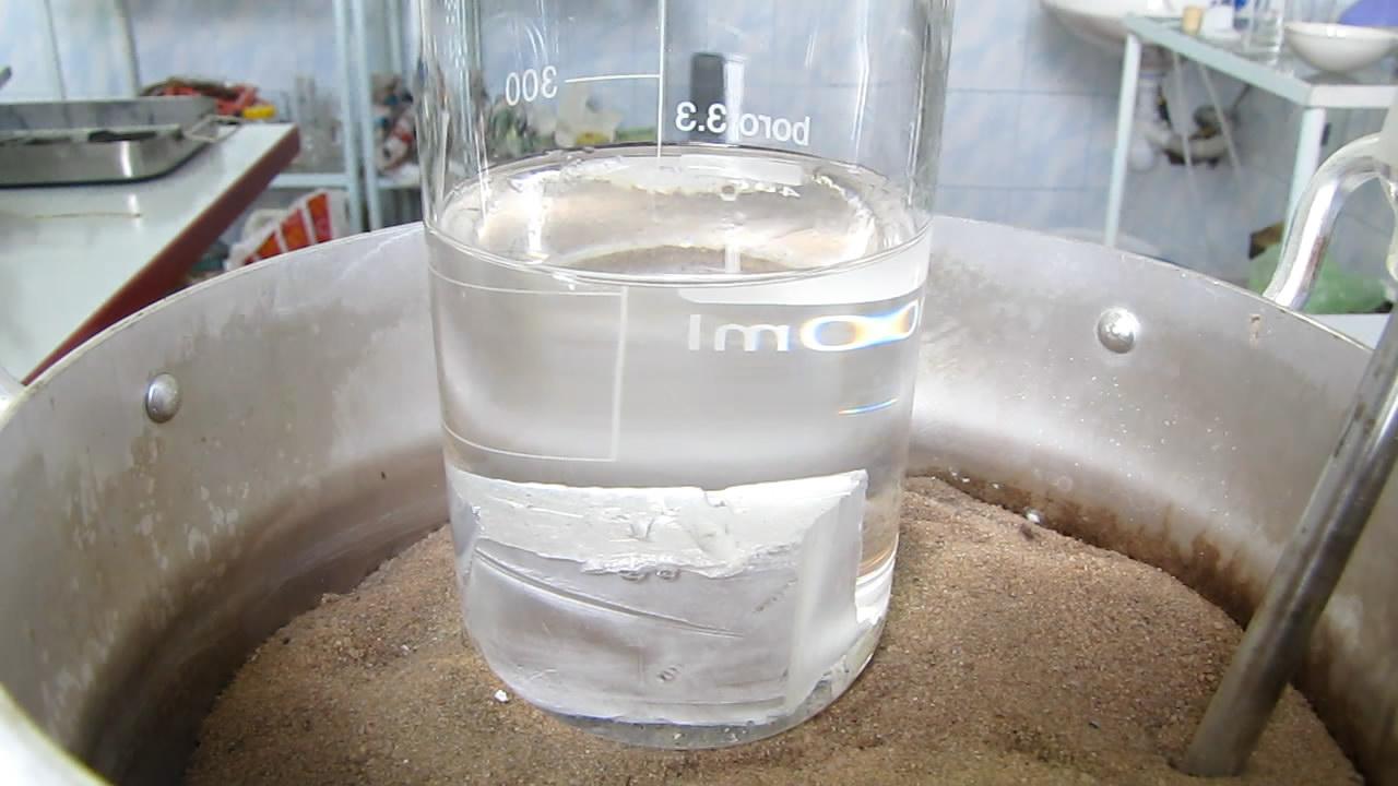 Плавление натрия (в ксилоле). Melting of sodium (in xylene)