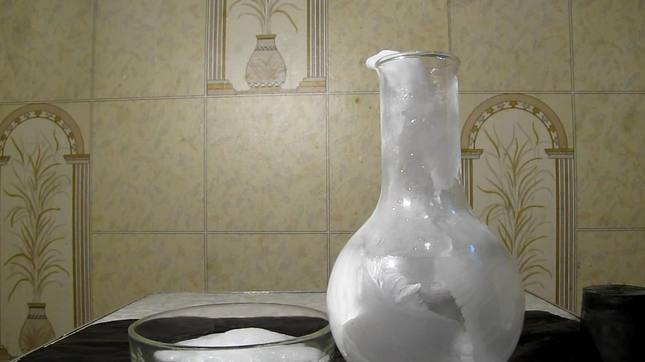 Пересыщенный раствор ацетата натрия: неожиданная кристаллизация. Supersaturated solution of sodium acetate: unexpected crystallization