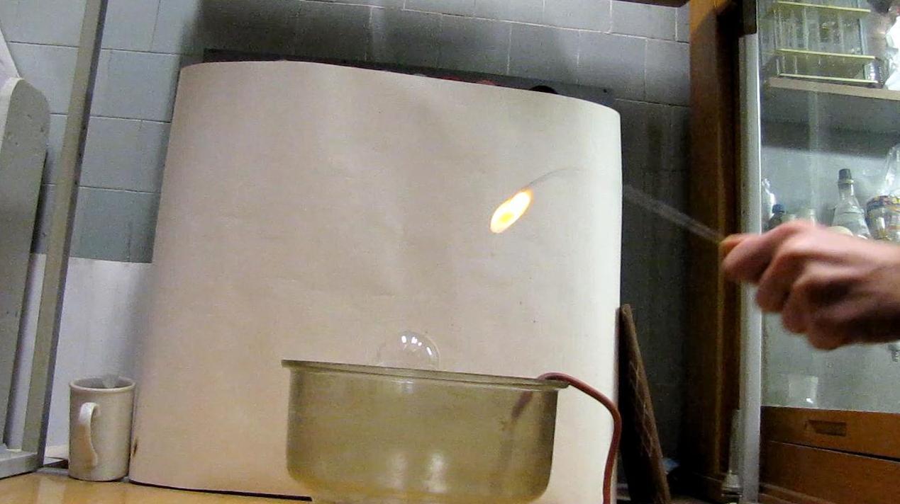 Горение пропан-бутановой смеси. Burning Propane-Butane Mixture