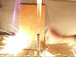 Сколько кремния в кремне для зажигалок?