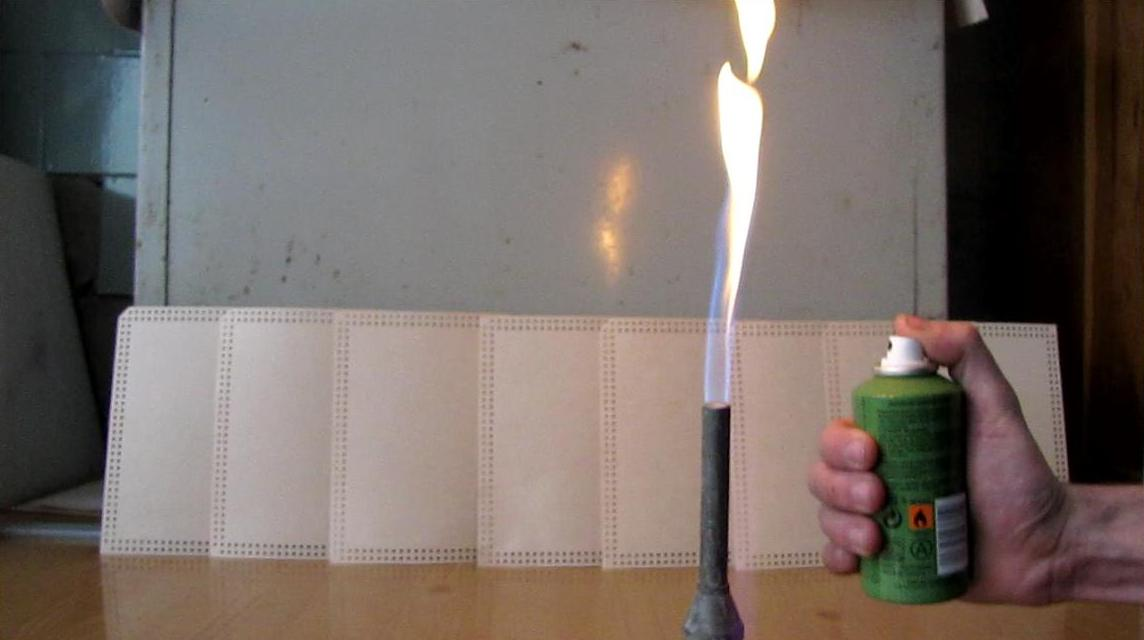 Модель огнемета. How to Make a Flamethrower (using an Aerosol Spray Can)