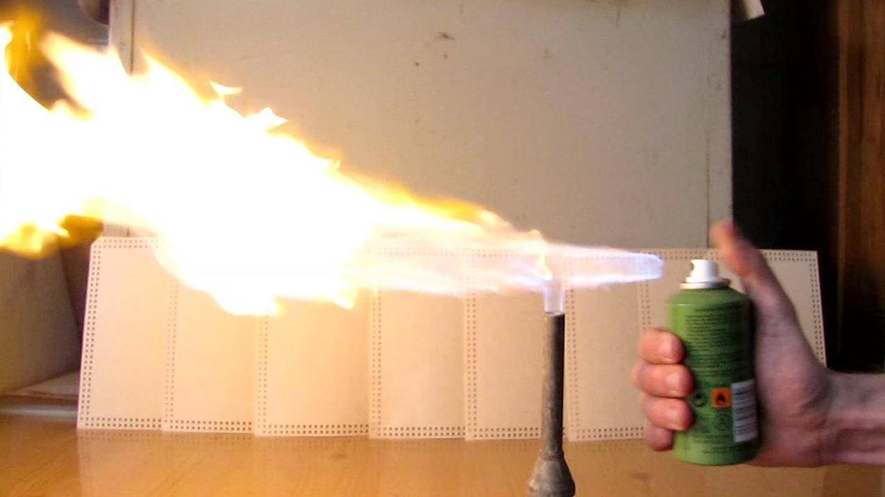 how to make aerosol flamethrower