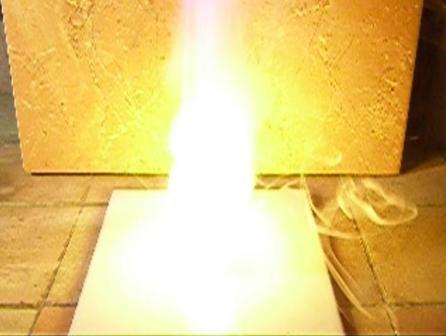 Реакция натрия с концентрированной азотной кислотой и перекисью водорода. Sodium and Concentrated Nitric Acid and Hydrogen Peroxide