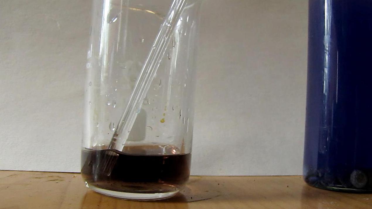 Окисление хлорида ванадия (II) ванадатом аммония